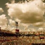 sky-people-clouds-crowd
